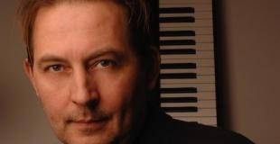Michel van der Esch pianiste chanteur