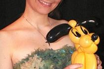Elfia et pluto en sculpture sur ballon...