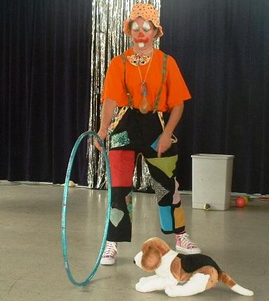 clown miss gouglou fait tous les m tiers clown par cathy miny. Black Bedroom Furniture Sets. Home Design Ideas