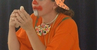 miss glouglou magicienne !