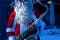 Le Père Noël et son saxophone