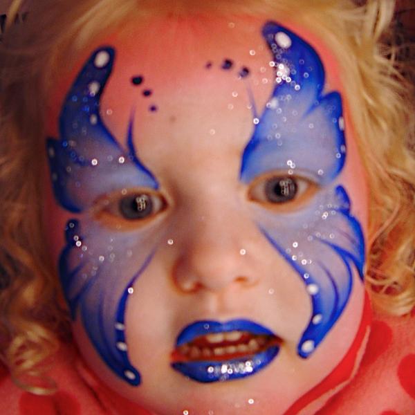 maquillage enfant fixe et en d ambulation maquillage artistique pour enfants par camille. Black Bedroom Furniture Sets. Home Design Ideas
