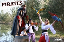 Pirates - spectacle avec perroquets