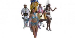 musiciens et danseuses