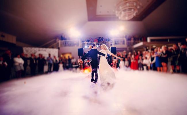 Ouverture de bal de mariage par des danseurs professionnels : conseils & devis