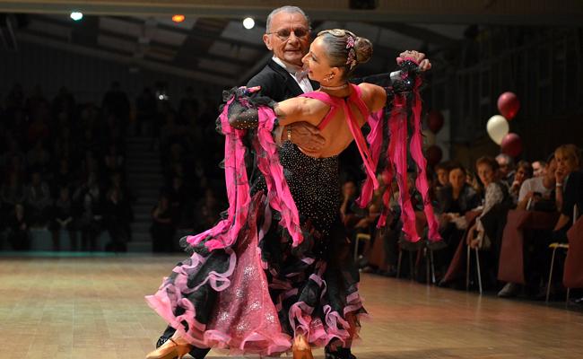 Danse de salon pour soirée privée et événementiel : conseils & devis