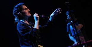 Chanteur pour enfants en spectacle live : conseils & devis