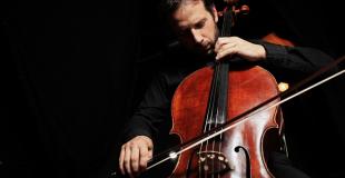 Violoncelliste classique pour soirée privée et concert : conseils & devis