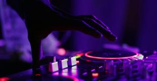 DJ pour l'animation d'un anniversaire : conseils & devis