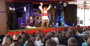 Marionnettes,Théâtre musical, humour pour enfants : Louzic et les korrigans