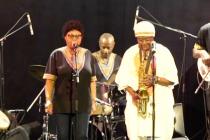 roger kom jazz afrobeat band en concert