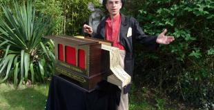 Le Piaf et son instrument !